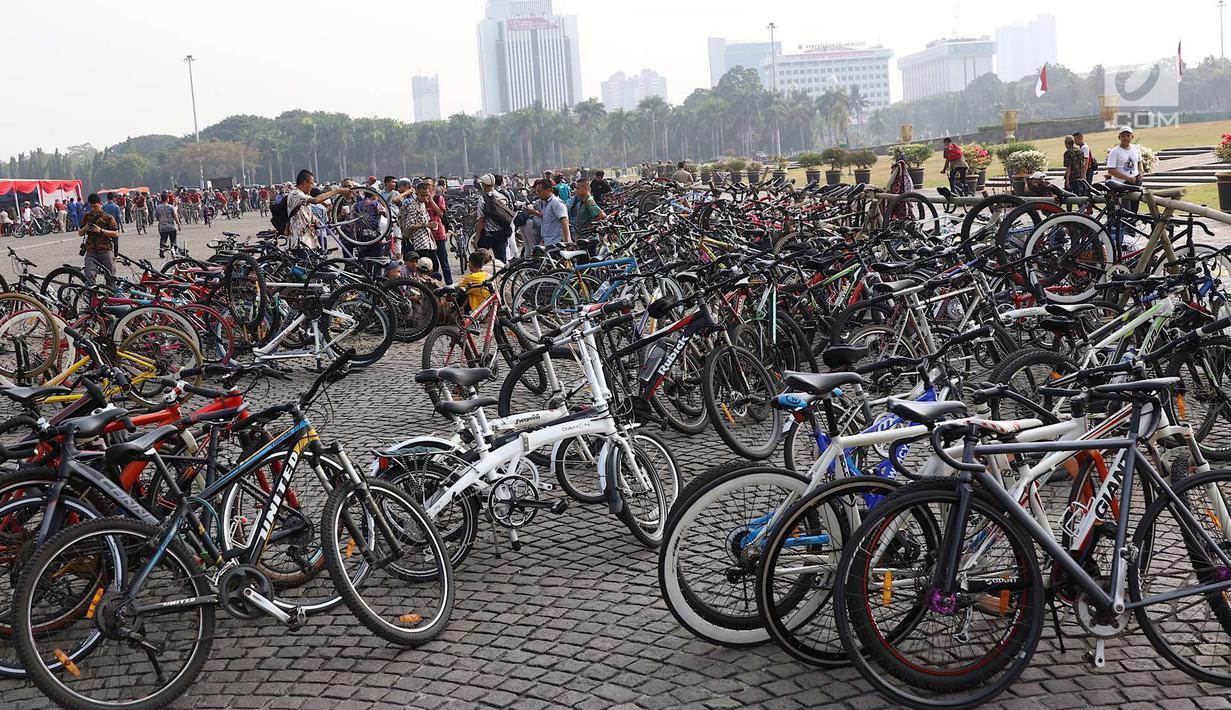 Ayoo Ikuti Sepeda Nusantara Gubernur Sumbang Motor Menteri
