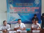 Ka BNNK Bengkulu Selatan AKBP Ali Imron saat Press Release 2 TSK narkoba
