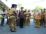 Bersama Rombongan Gub Bengkulu Rohidin melihat lokasi yang akan di tata ulang
