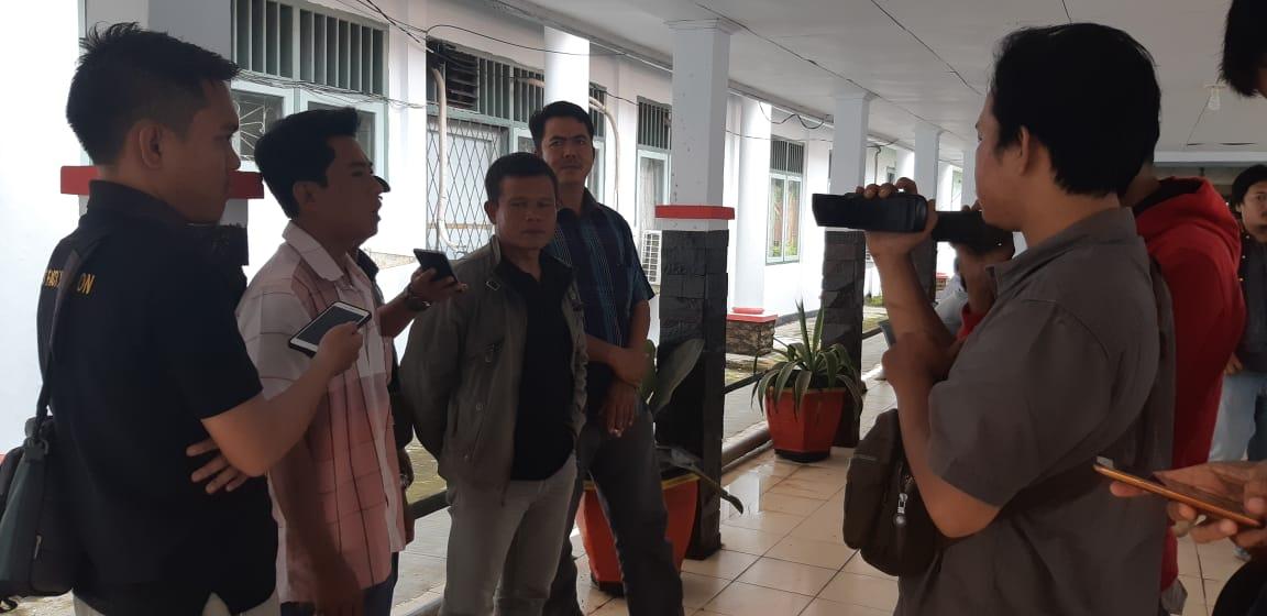 Ketua Gaoeksindo BS Hendra Lapino Saat diwancarai awak media