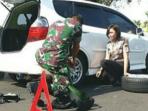 Serda Yulianto saat menolong Bripda Oryza (Foto: Instagram puspentni)