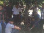 Belasan Warga Desa Muara Tiga Yang Datang ke Mapolres BS